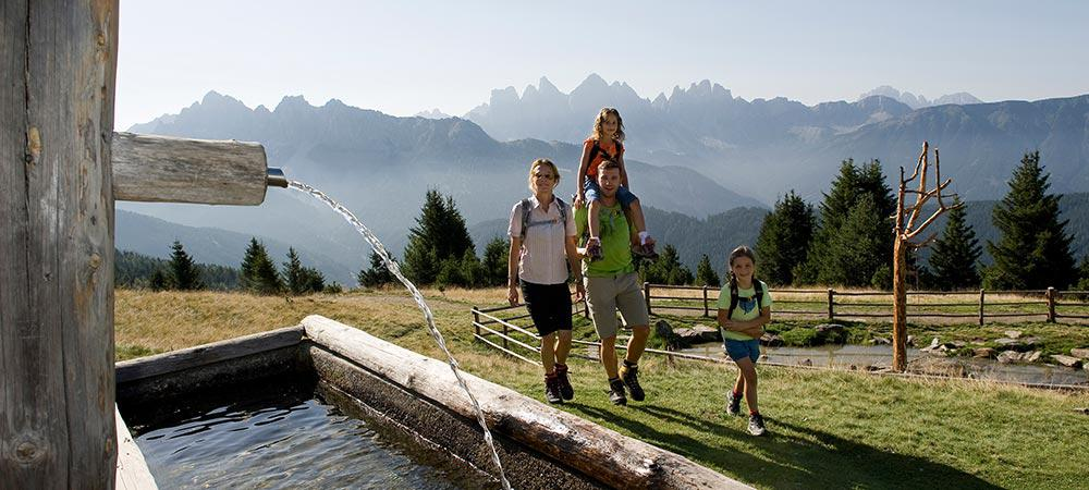 Family hiking in South Tyrol